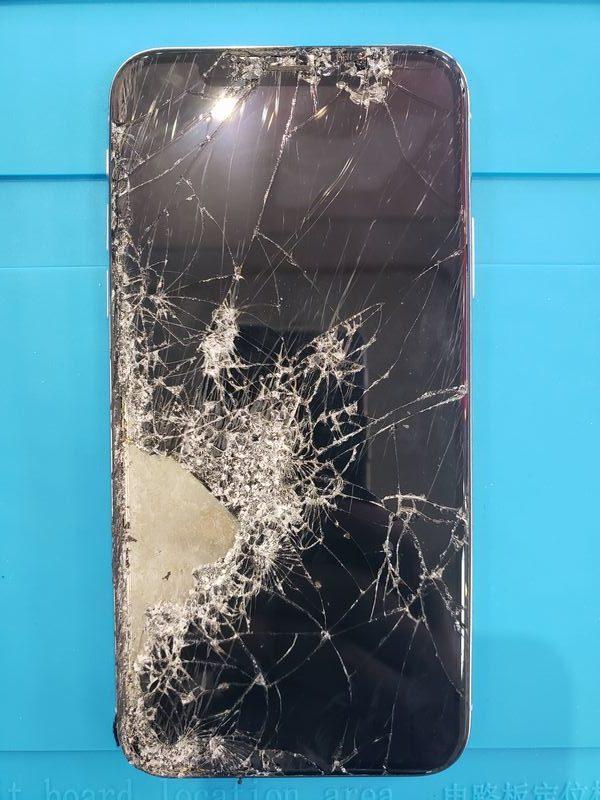 """""""iPhoneXS 画面交換!! iPhoneの修理は米子最安修理の「あいプロ米子店」へお任せください!"""""""